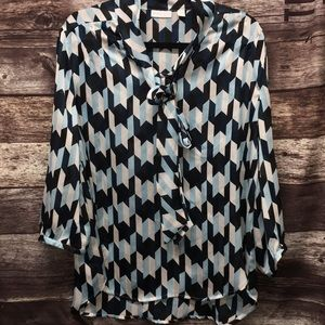 NY&C sheer stretch blouse